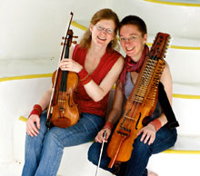 lydia & Andrea, Scandinavian fiddle duo